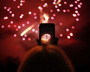 FIREWORKS_0010_bryan_ghiloni_phone_photographs_fireworks.jpg