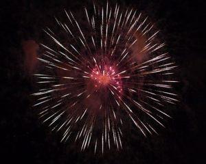 FIREWORKS_0012_16_fireworks_rodmayet.jpg